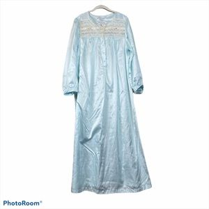 Vintage intimate essentials long sleeve nightgown